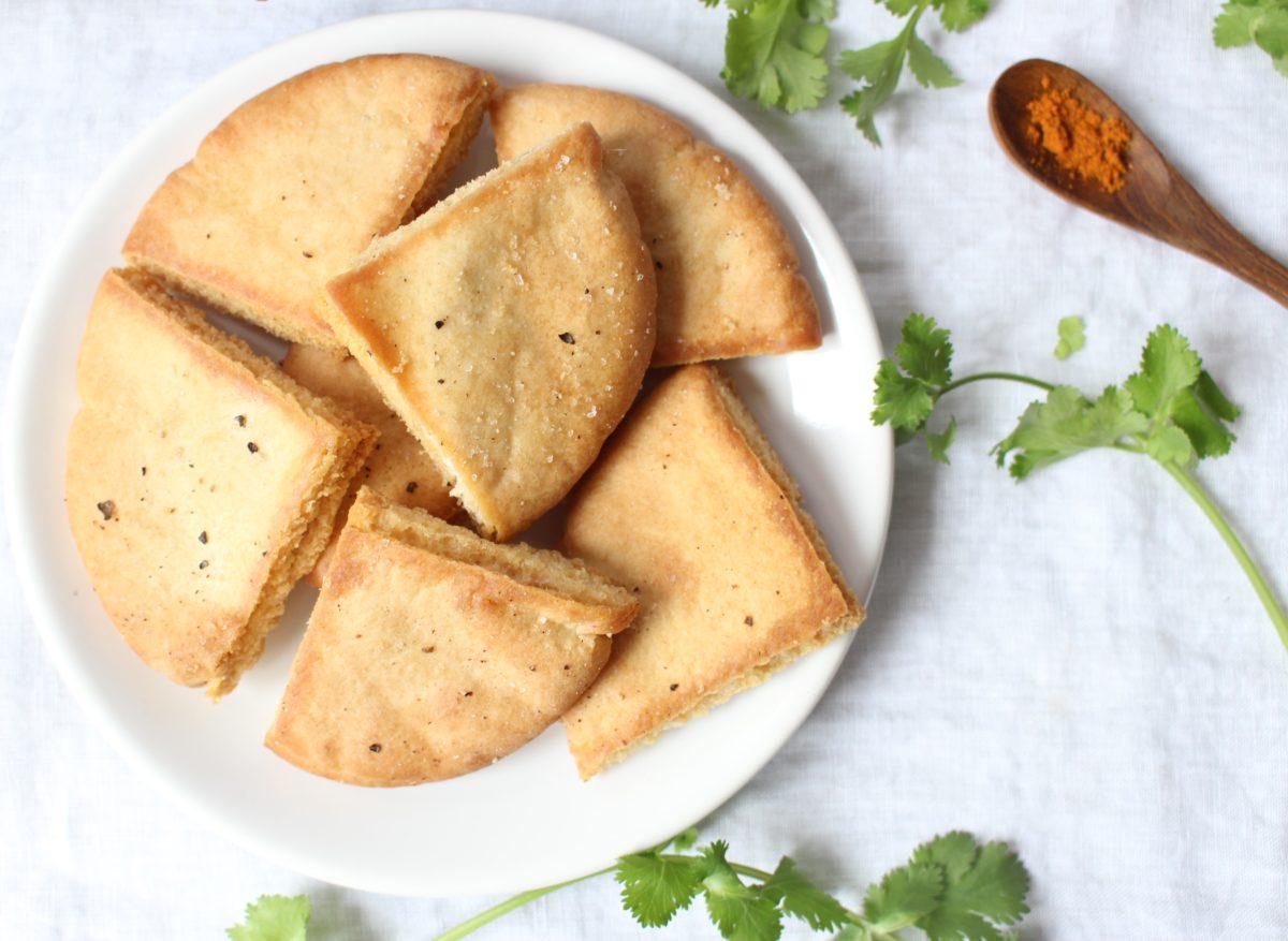 Chunky Guacamole & Pita Chips